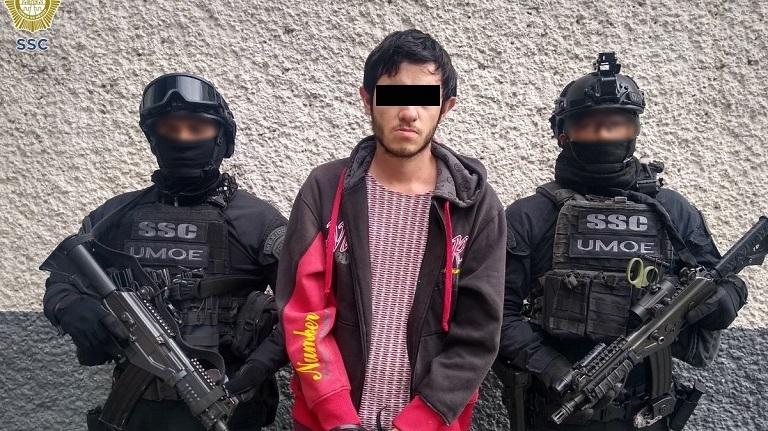 Se hizo pasar por una amiga, le robó fotos íntimas y la extorsionó para no publicarlas: ya lo capturaron en Mérida